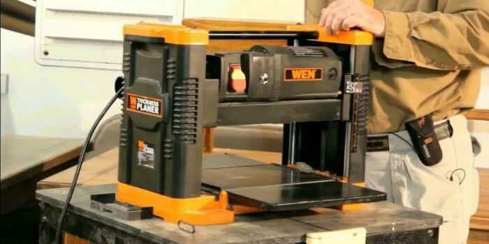 Is the width of a planer an important factor